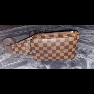 Louis Vuitton Waist Bag Damier